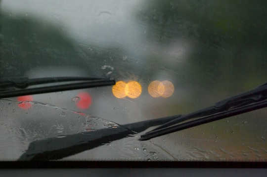 Windshield Wiper Blades Won't Turn Off - Auto Repair