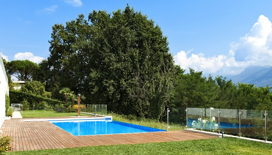Five Basic Pool Cleaning Tips for Homeowners - Maid Services