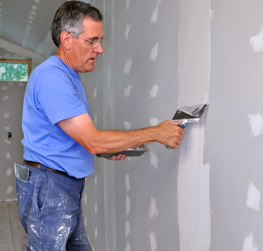 Techniques to Spackle Drywall Seams - Painters